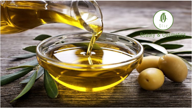 Ủ tóc bằng dầu oliv